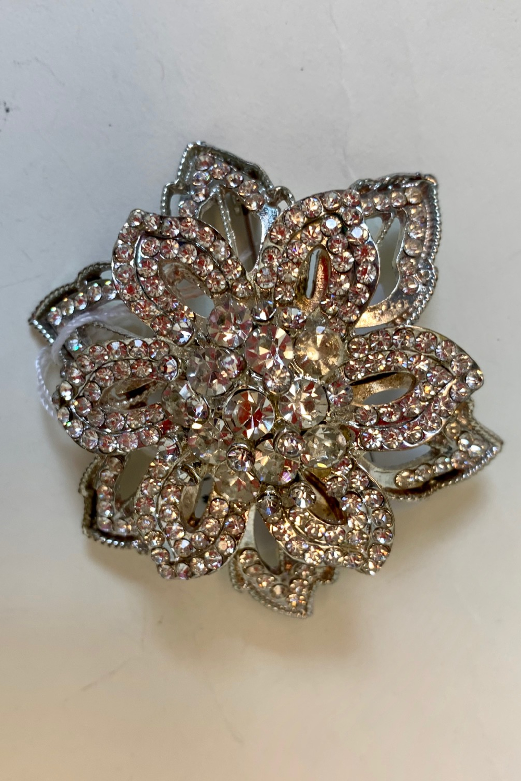 Dominique ROSE BROOCH - Main Image