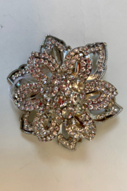 Dominique ROSE BROOCH - Front cropped