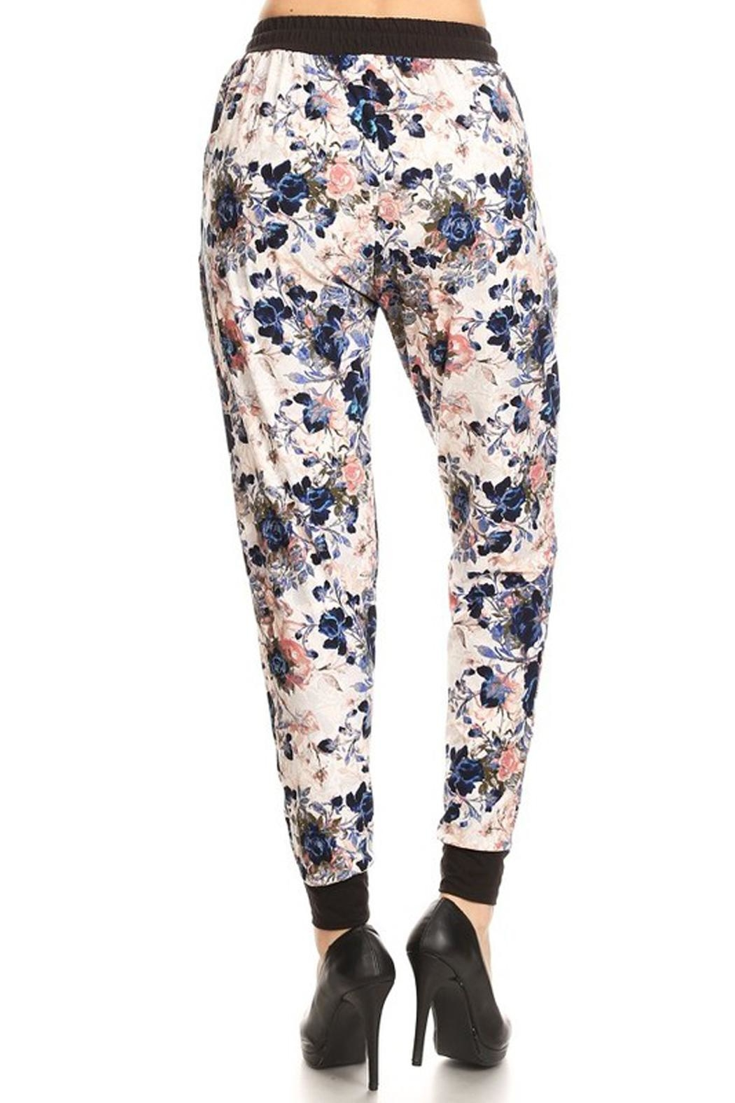 New Mix Rose Print Jogger - Side Cropped Image