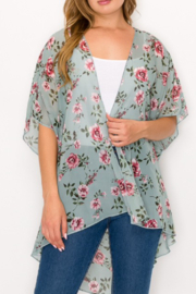 PerSeption Concept Rosey Floral Kimono - Front cropped