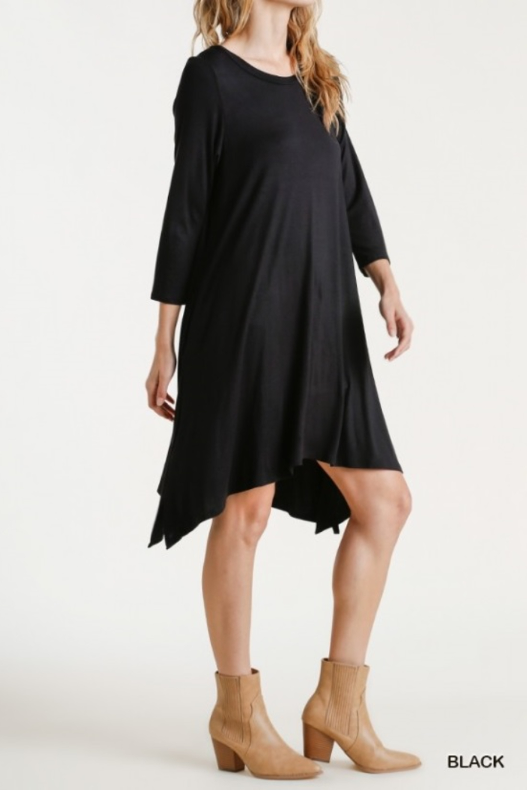 umgee  Round Neck 3/4 Sleeve Dress with Side Slits - Side Cropped Image