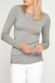 She + Sky Round-Neck Basic Top - Product Mini Image