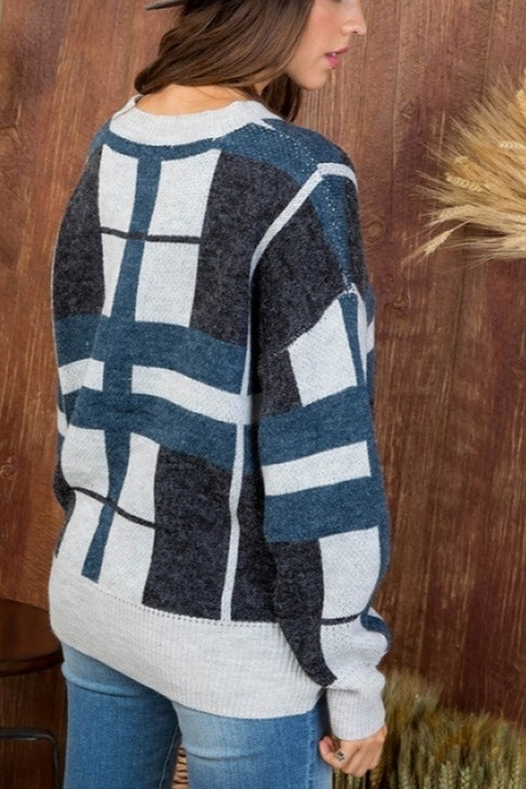 Main Strip Round Neck Long Sleeve Plaid print Sweater - Side Cropped Image