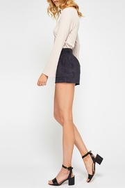 Gentle Fawn Roux Short - Side cropped