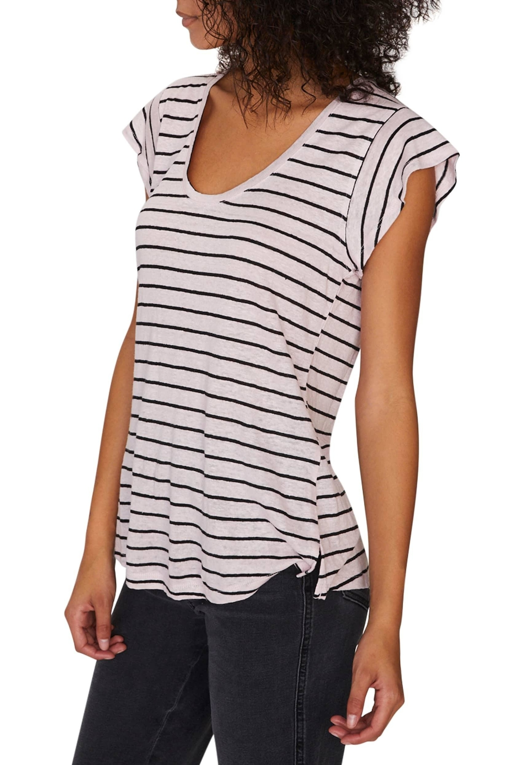 Sanctuary Ruby Scoop Tee - Side Cropped Image