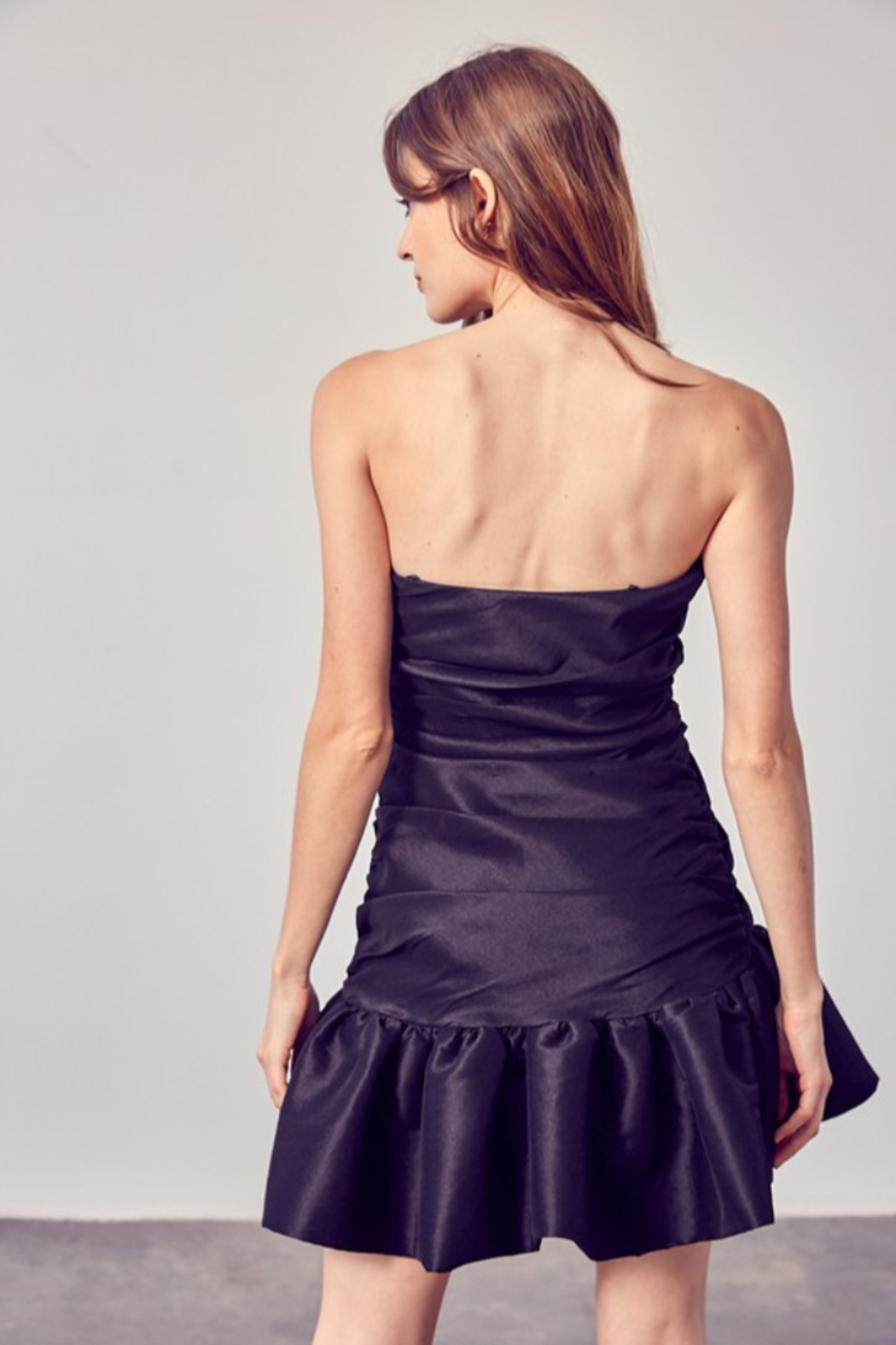 Do + Be  Ruched Ruffle Bottom Dress - Side Cropped Image
