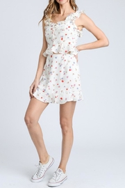 storia Ruffle Floral Top - Front cropped