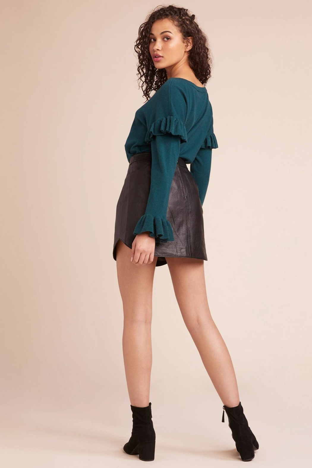 BB Dakota Ruffle Sweater - Side Cropped Image