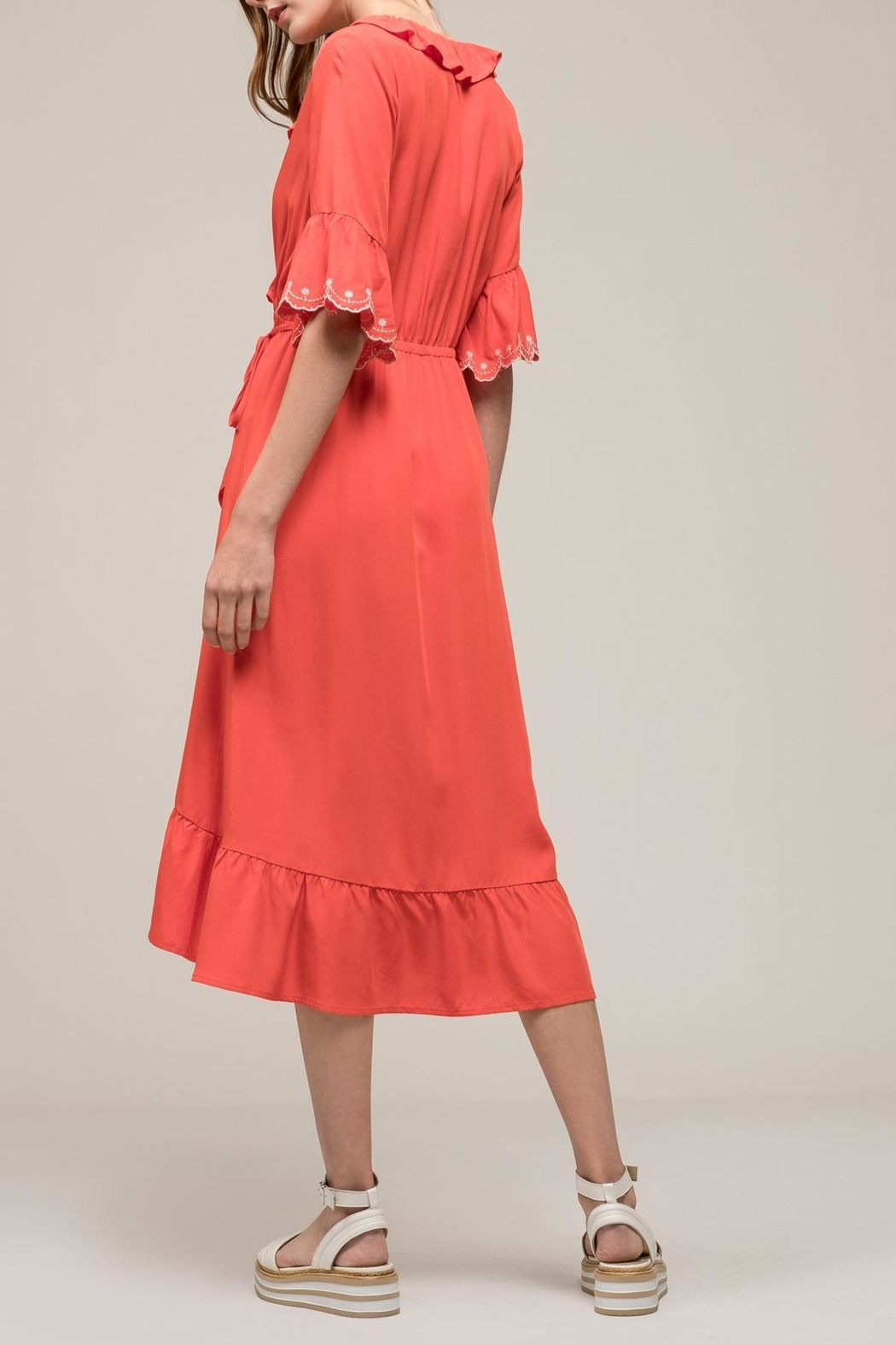 Earthy Chic Ruffle Woven Dress - Side Cropped Image
