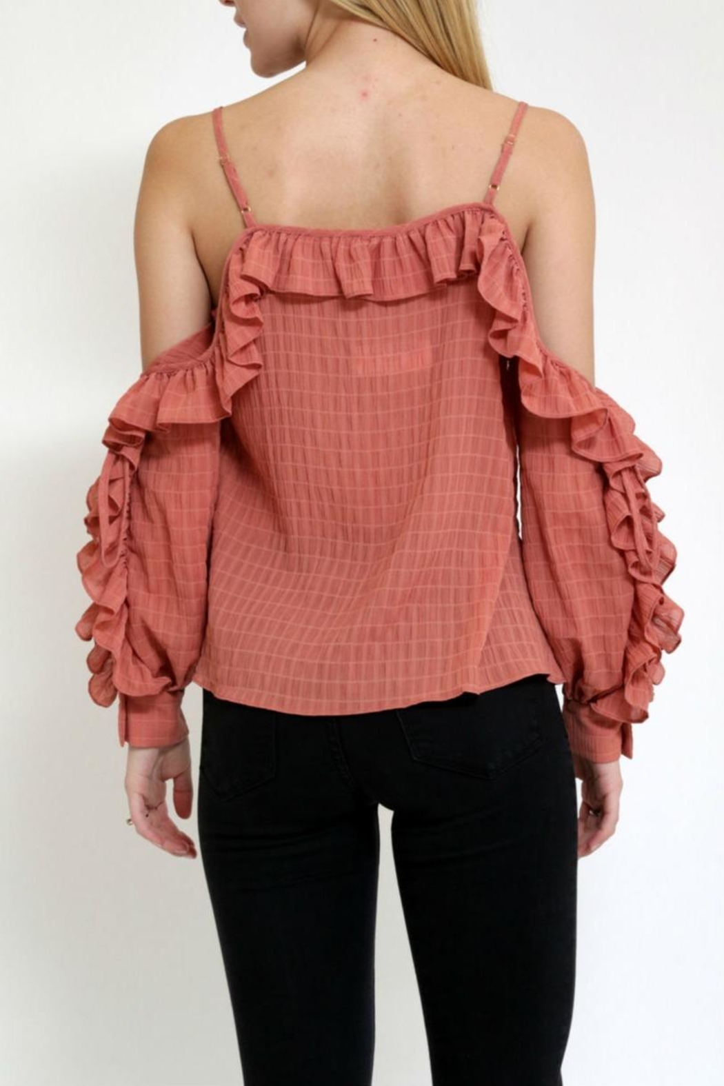 essue Rufflesleeve Coldshoulder Top - Side Cropped Image