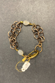 debe dohrer design Rutilated quartz on brass circles - Front cropped