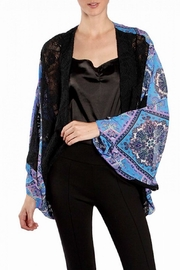 Ryu Lace Trimmed Print Kimono - Front cropped