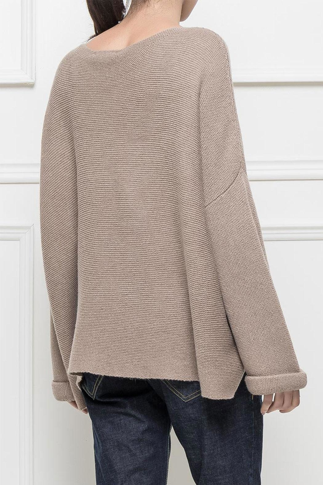 RYUJEE Placide Oversize Sweater - Back Cropped Image