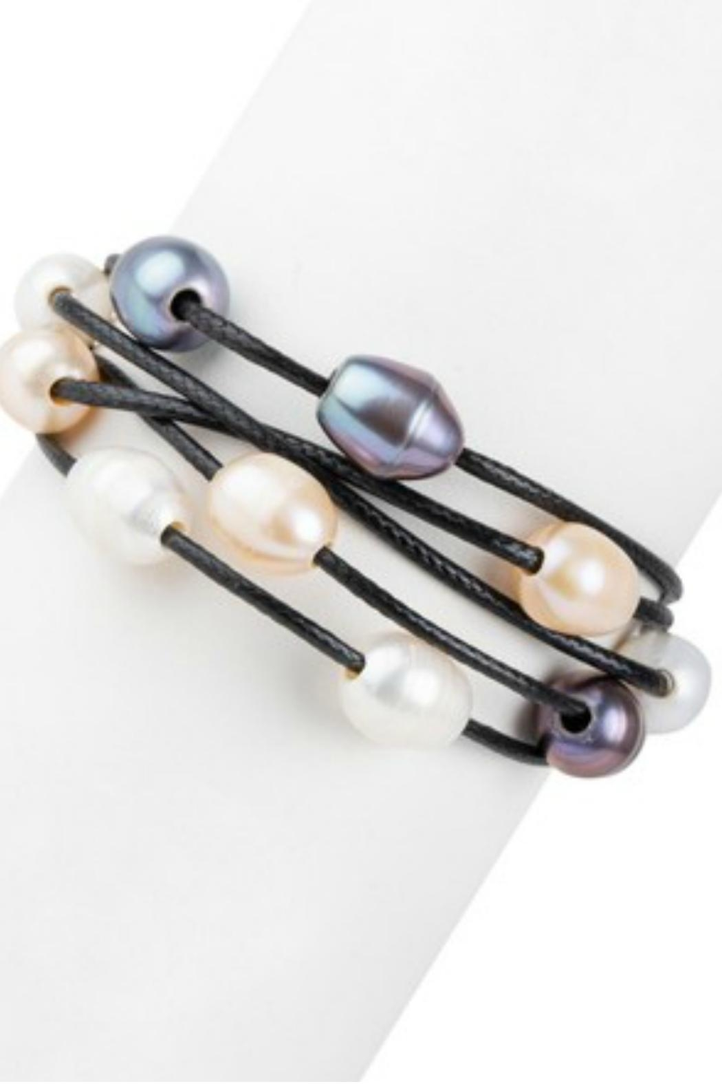 Saachi Pearl Leather Bracelet - Front Cropped Image