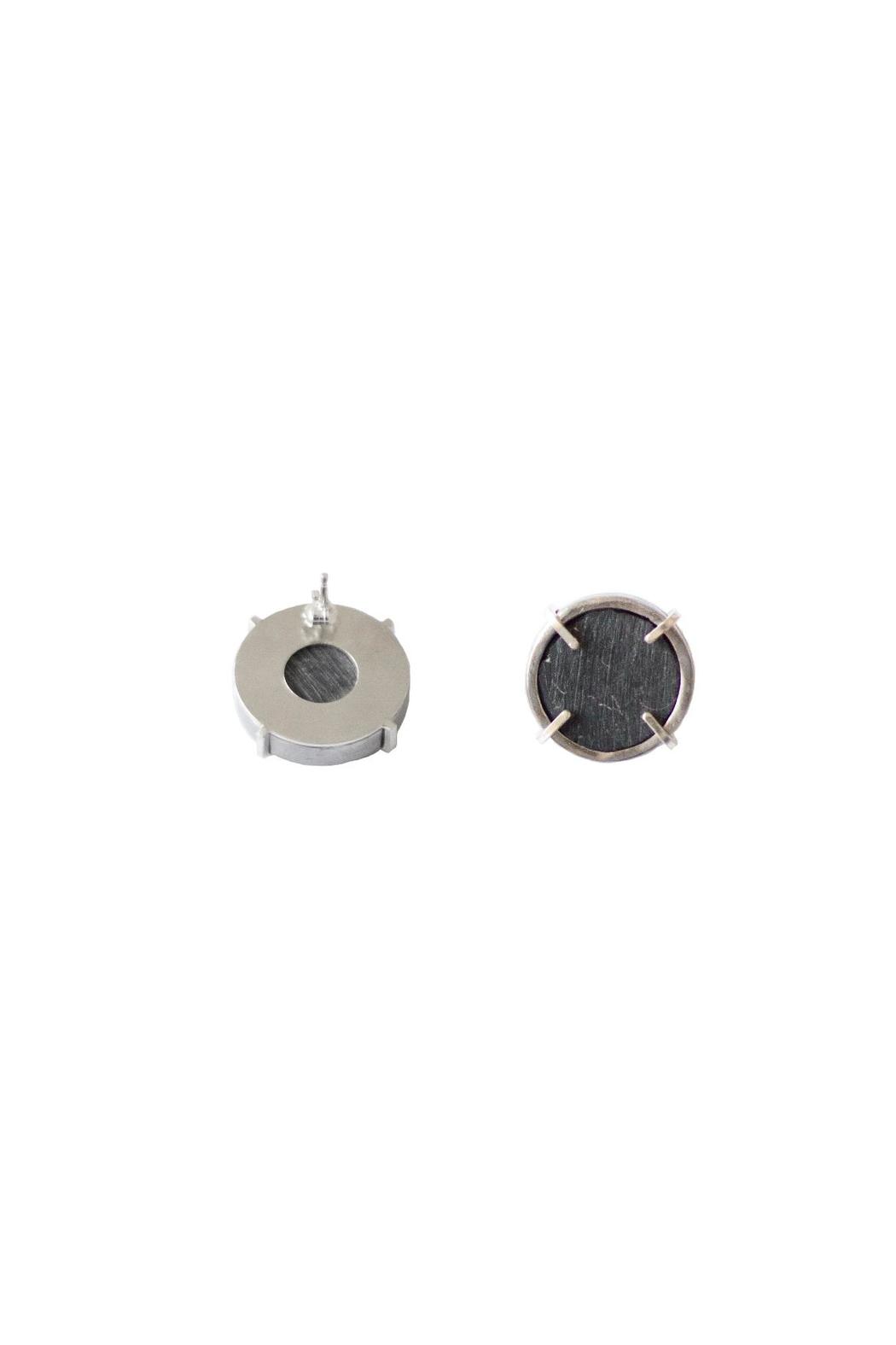 Sable + Company Circle Prong Earrings - Side Cropped Image