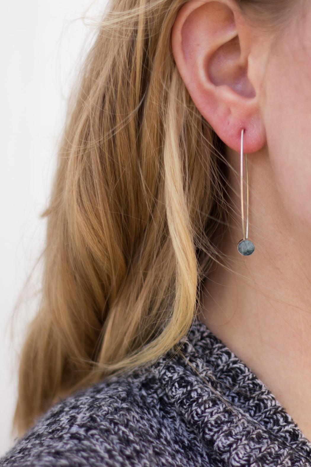 Sable + Company Granite Threader Earrings - Front Cropped Image