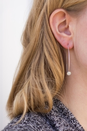 Sable + Company Marble Threader Earrings - Front cropped