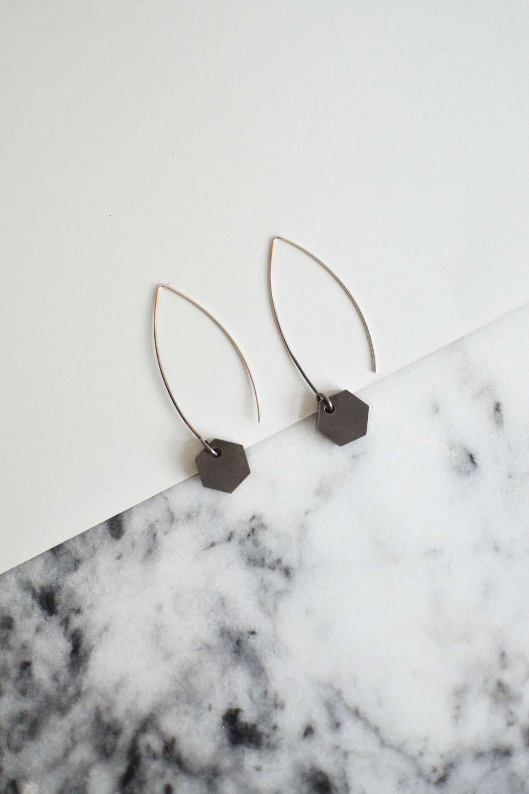 Sable + Company Small Hexagon Thread-Earrings - Side Cropped Image