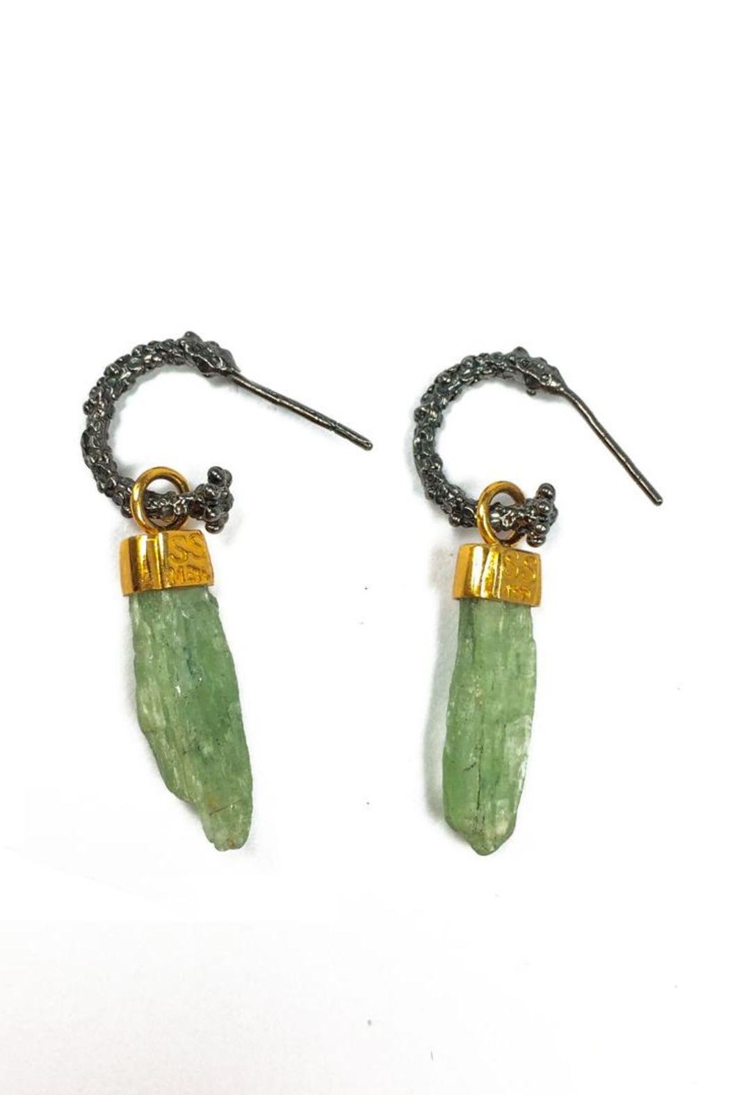 Sacrosanta Green Kyanite Earring - Main Image