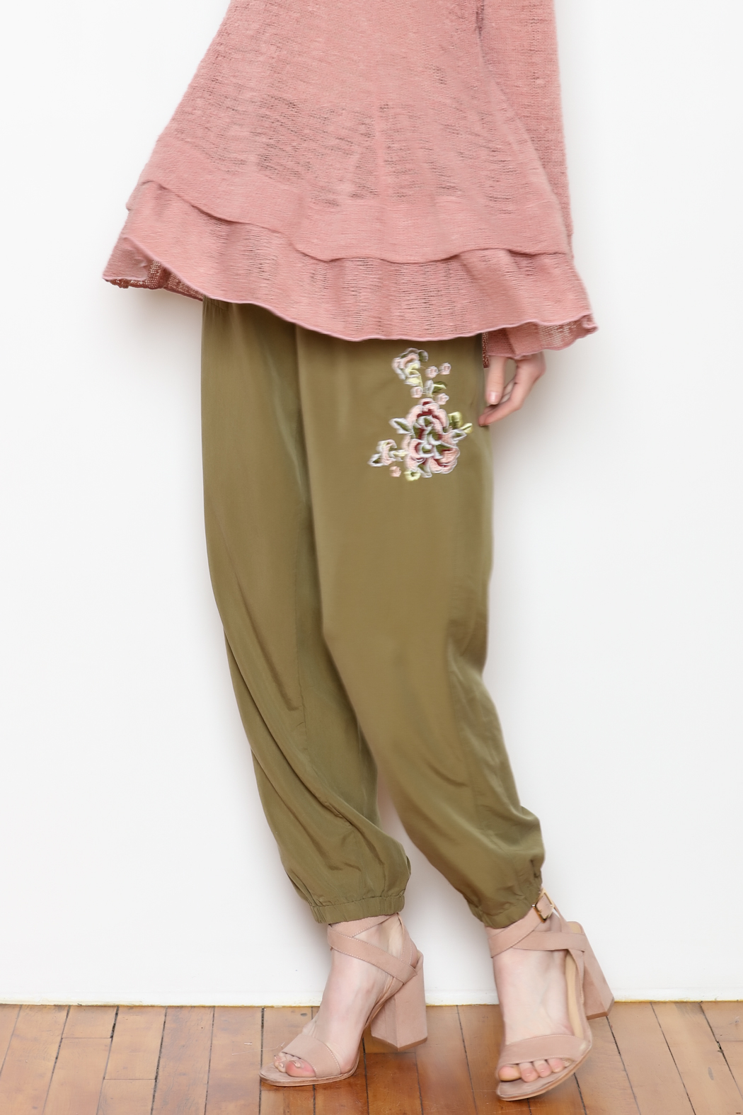 Sadie & Sage Rose Embroidered Joggers - Side Cropped Image