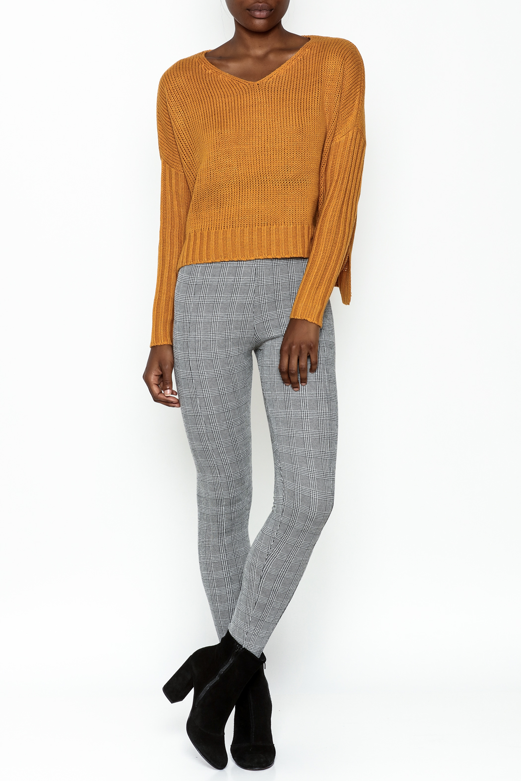 Sadie and Sage Boxy Sweater - Side Cropped Image