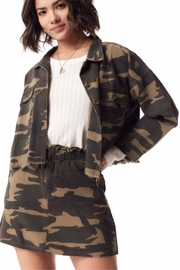 Sadie & Sage Catch-Me Camo Jacket - Side cropped