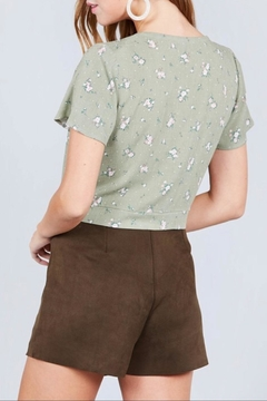 Active Basic Sage Floral Crop-Top - Alternate List Image