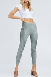 Venti 6 Sage Moto Legging - Product Mini Image