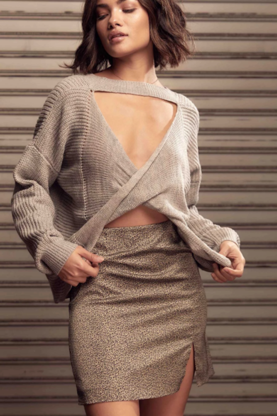 SAGE THE LABEL Saint Reversible Sweater - Side Cropped Image