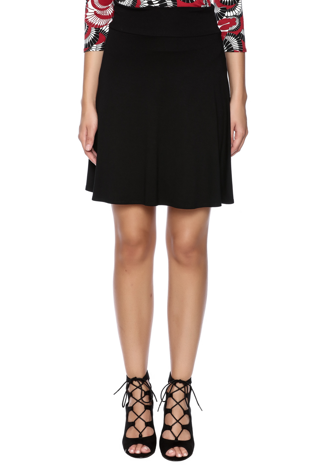 salaam Black Short Flippy Skirt - Side Cropped Image
