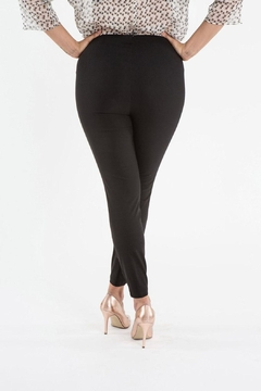 Sallie Sahne Black Stretch Skinny Pants - Alternate List Image