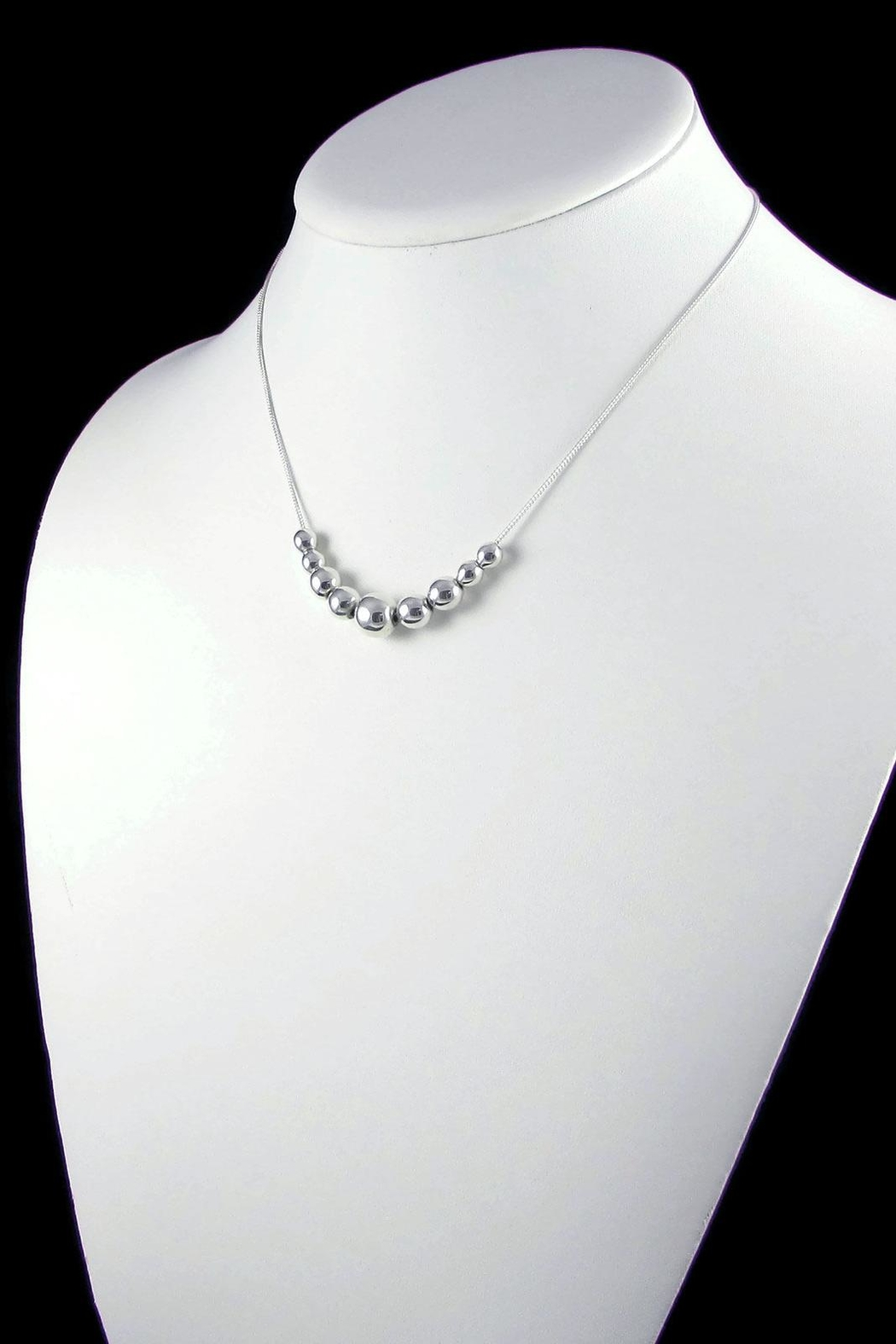 Salvador Jouhayerk Graduated Ball Necklace - Side Cropped Image