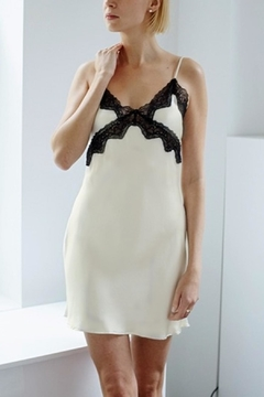 Samantha Chang Silk & Lace Chemise - Alternate List Image