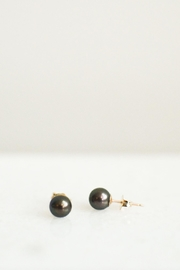 Samantha McIntosh Black Pearl Earrings - Front cropped