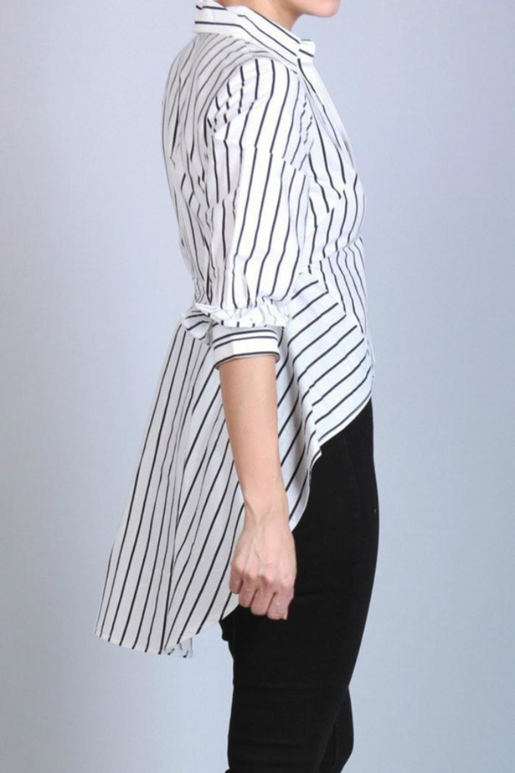 San Joy Pinstriped Hi-Low Shirt - Side Cropped Image