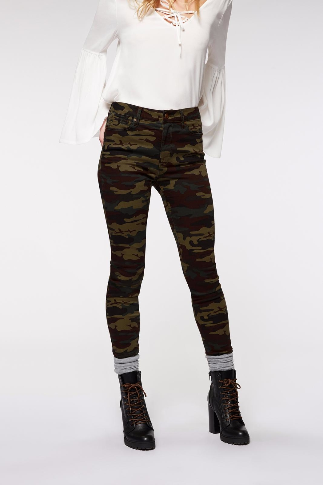 Sanctuary Robbie High Skinny Jeans - Front Cropped Image