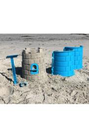 Create A Castle Sand & Snow Castle Kit - Basic Tower - Front cropped