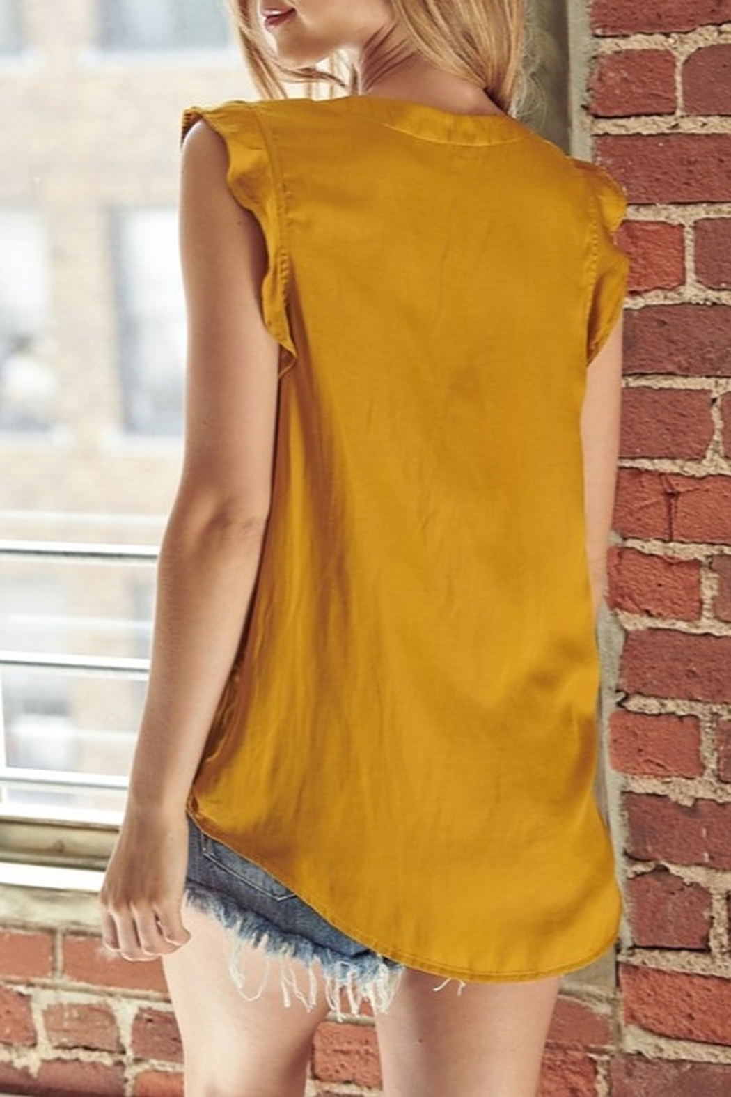 Mustard Seed  Satin Flutter Sleeve Top - Side Cropped Image