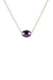 Sayulita Sol Jewelry Black-Pearl Gold Necklace - Front cropped