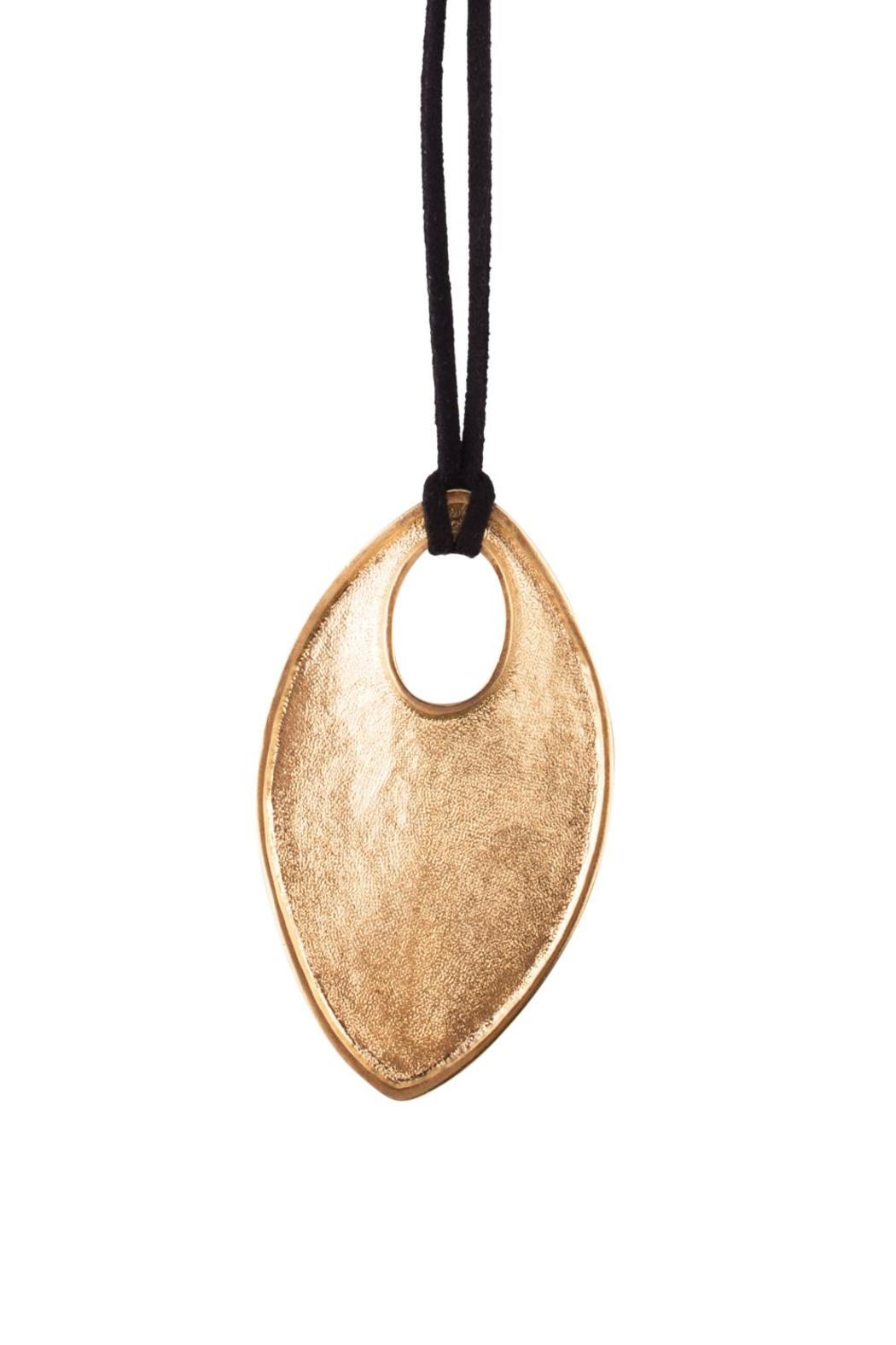 Sayulita Sol Jewelry Gold Oval Pendant - Side Cropped Image
