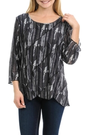 Cubism Scallop Seam Top - Product Mini Image