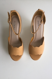 Soda Scalloped Detail Wedges - Side cropped