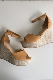 Soda Scalloped Detail Wedges - Front cropped
