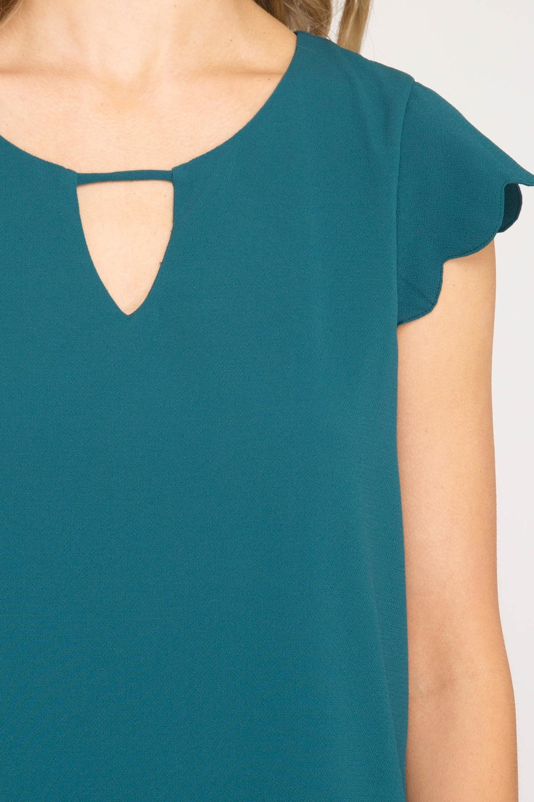 She + Sky Scalloped Hem Dress - Side Cropped Image