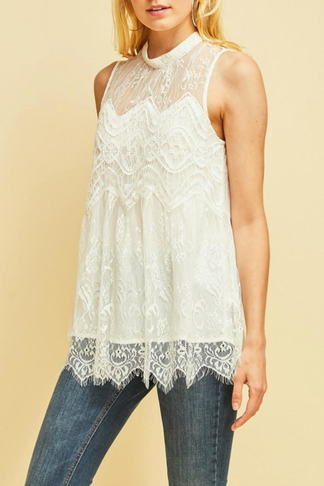 Entro Scalloped Lace Top - Back Cropped Image