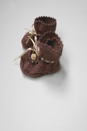 Scarecrow Kids Cotton Crochet Booties - Back cropped