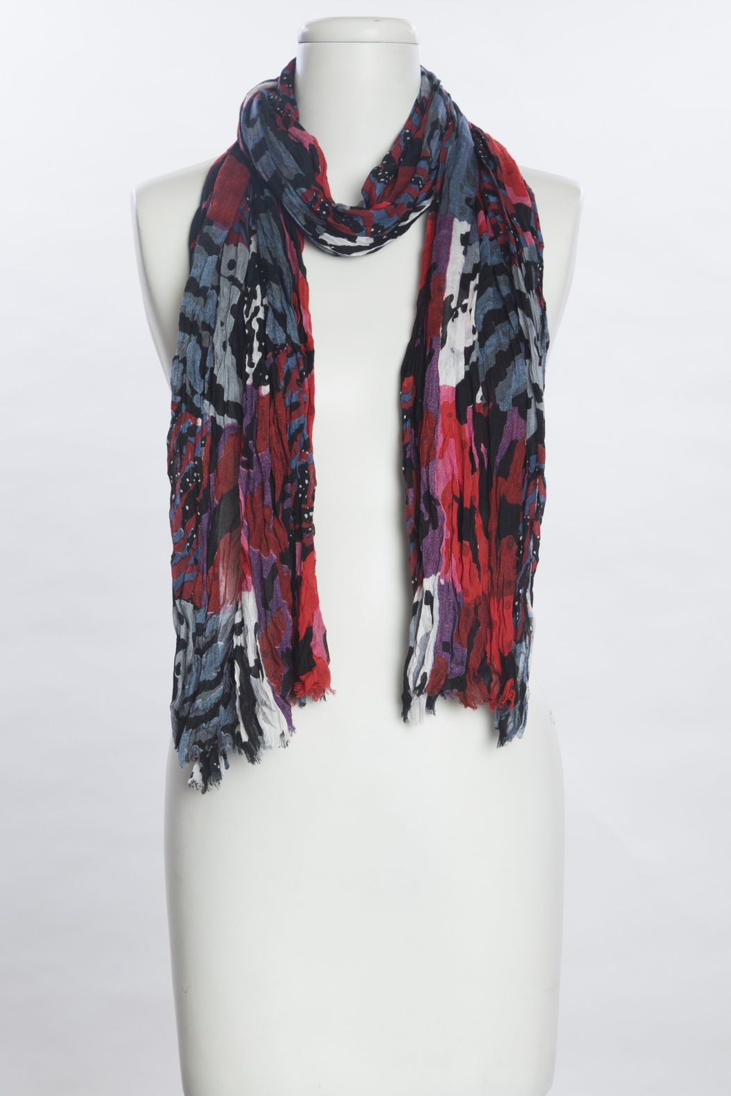 VSA Designs Scarf Mixed Animal - Front Cropped Image
