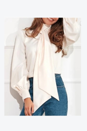 Esley Scarf top - Product Mini Image