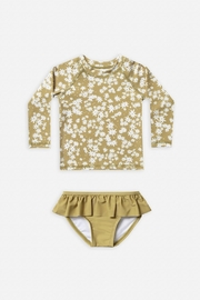 Rylee & Cru Scattered Daisy Rashguard Set - Front cropped