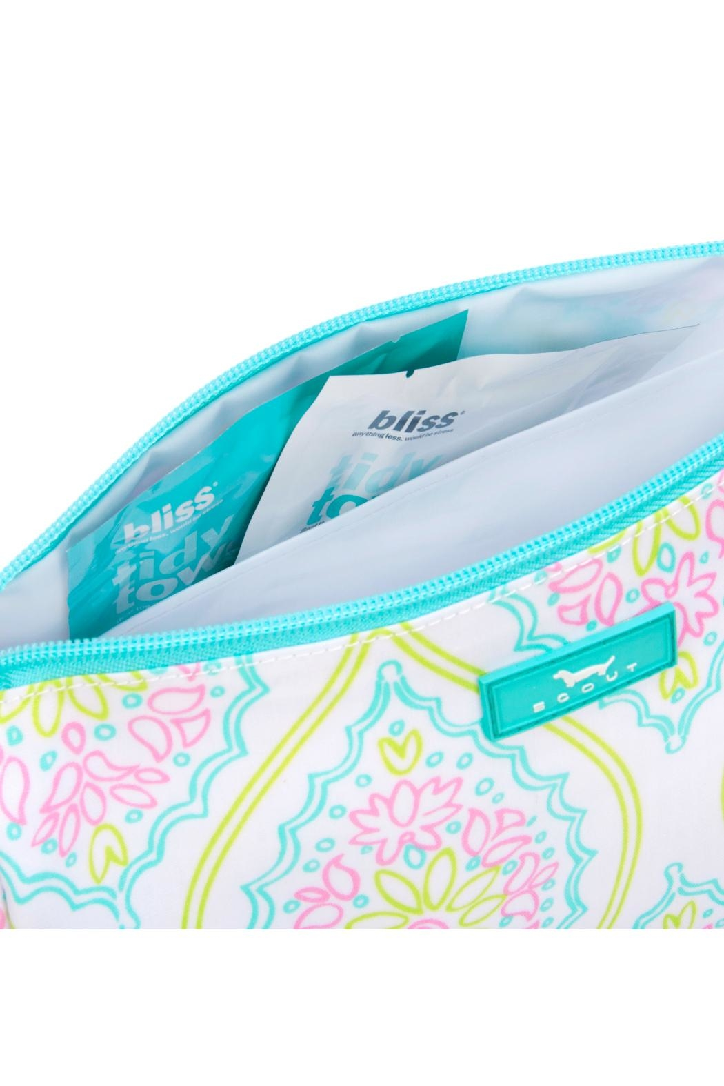 Scout Packin' Heat Cosmetic Bag - Side Cropped Image